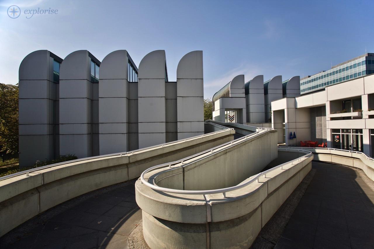 Das Bauhaus Archivmuseum Für Gestaltung City Map And Guide Berlin